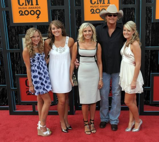 Alan Jackson Daughters | Country Music Television Music Awards in Nashville - CMT Awards - UPI ...