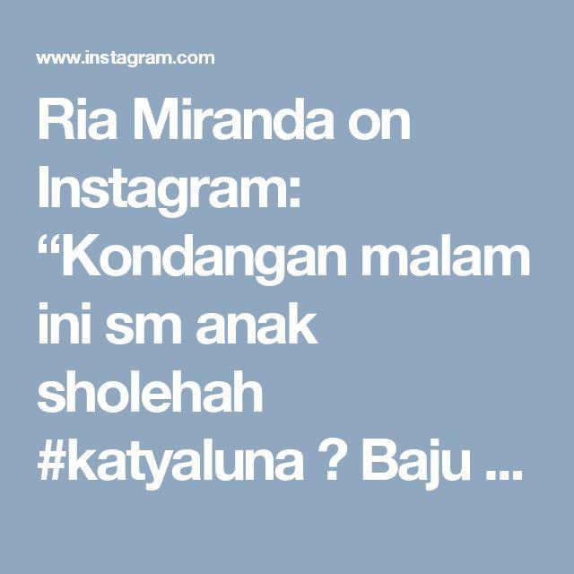 """Ria Miranda on Instagram: """"Kondangan malam ini sm anak sholehah #katyaluna 💕  Baju kondangan yang praktis pake cropped top @riamirandasignature mix kain batik di…"""""""