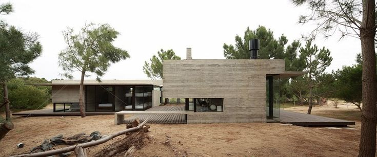 Carassale House / BAK Architects