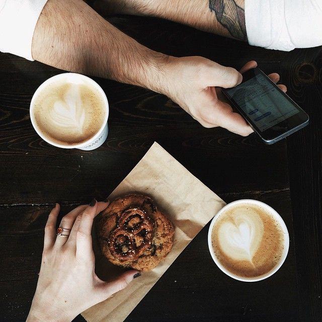 https://i.pinimg.com/736x/0e/30/7f/0e307f23f2324cfe6b65db19437554c5--coffee-date-coffee-drinkers.jpg