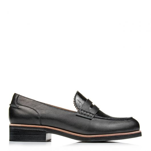 DESMA LOAFERS