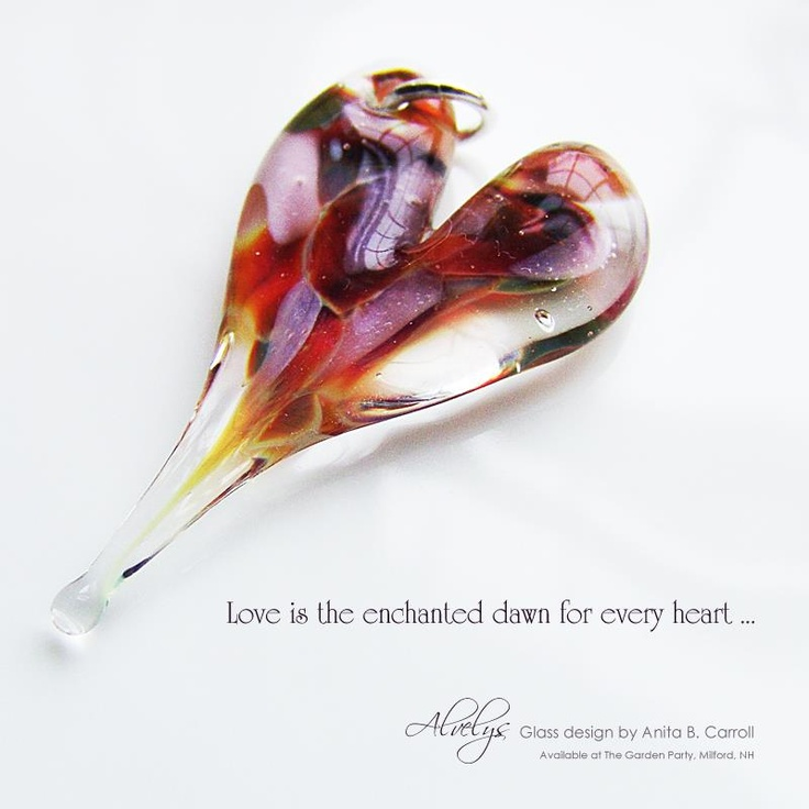 Glass Hearts ... BTW ... did I mention how much I ❤ making these?  ;0) ... Glass works by Anita B. Carroll  ♥ Facebook: Alvelys ♥ In store: #The #Garden #Party, Milford NH - US ♥  #Glass #Hearts #Alvelys #Anita #Carroll