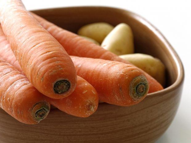 Wortelpuree met worst is een echte Vlaamse klassieker. Het is een gemakkelijk gerecht om te maken en hier vind je het recept.