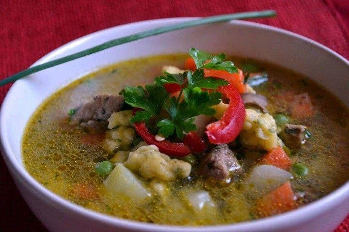 Raguleves zöld fűszeres galuskával - MindenegybenBlog