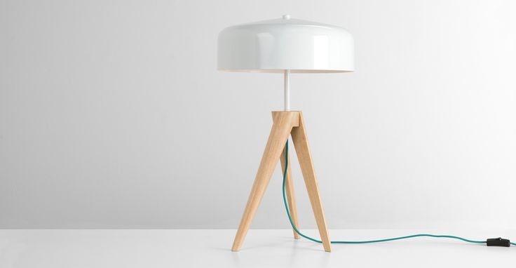 Madison Tischlampe, Weiß und helles Holz