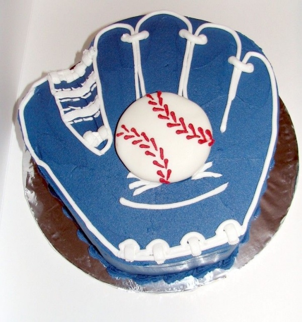 Top Baseball Cakes: 32 Best Images About Baseball Birthday Cake On Pinterest