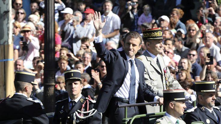 Démission de Villiers : Emmanuel Macron a fait «acte d'autorité gratuite, voire d'autoritarisme»  PETIT  MAIS CASSE PIED