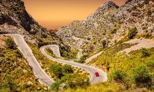 Groupon - Mallorca: 2, 3, 4, 5 oder 7 Tage Autovermietung inkl. Vollkaskoversicherung, vollem Tank und Pannenhilfe 24/7  in Aeropuerto Mallorca. Groupon Angebotspreis: 74€