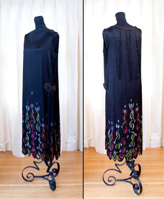 robe des années 1920 / / robe en soie fleurs de par GarbOhVintage