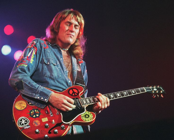Alvin Lee (born Graham Anthony Barnes; 19 December 1944 – 6 March 2013) was an English singer and guitarist, best known as the lead vocalist and lead guitarist of the blues rock band Ten Years After.
