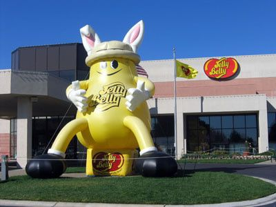 A List of Candy Factories and Candy Tours