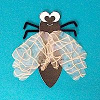 HANDPRINT FLY CRAFT: Create a Handprint Fly to hang around and make you smile.