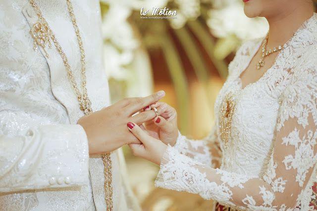 wedding day: Chacha & Dico Wedding (Akad & Resepsi adat Jawa)