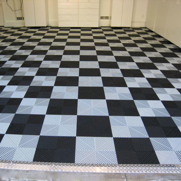 Pearl Silver and Black checker w/ Diamond plate transition