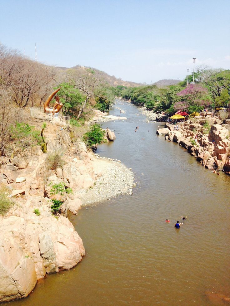 Valledupar, Cesar. Colombia. Río Guatapuri