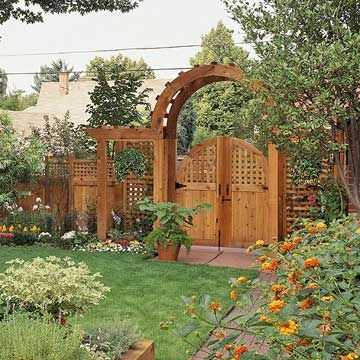 Cedar arbor with gate woodworking projects plans for Gate arbor plans