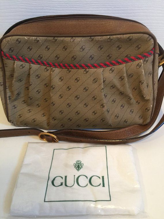 0025be54d Authentic Gucci Accessory Collection Purse, Vintage Shoulder/Cross Body  Gucci with a Dust Bag