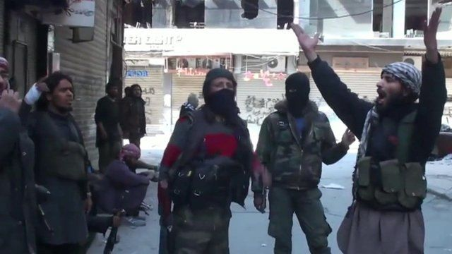 Syria fighting: IS video claims to show Yarmouk capture - BBC News