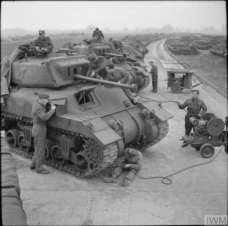 Canadian-built Ram II tanks being maintained at No. 8 AFV Depot, Leicester, 25 April 1944.