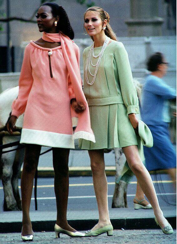 Naomi Simms e Maude Adams in una foto di William Helburn (1969)