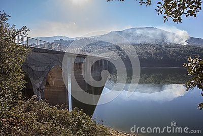 La Pesga Bridge Over Gabriel Y Galan Reservoir Waters, Spain - Download From Over 57 Million High Quality Stock Photos, Images, Vectors. Sign up for FREE today. Image: 89431096