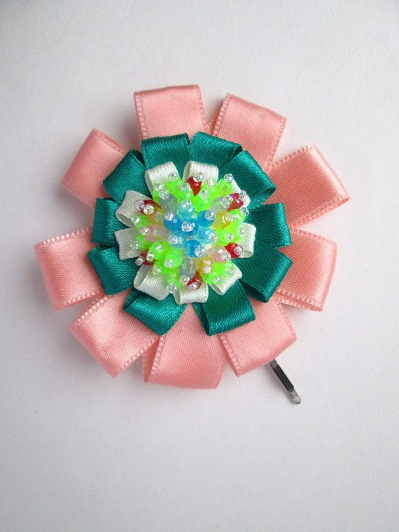La La Land Inspired Mia Peach & Green Beaded Flower Hair Pin by MadiReShop #lalaland #hairaccesories #emmastone #ryangosling #hairbow
