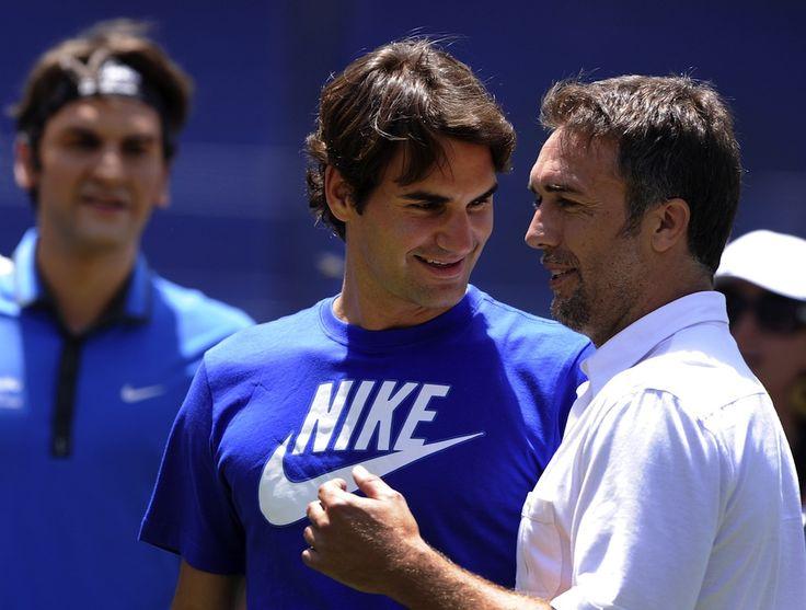 Federer & Batistuta . Awesome people hanging out together