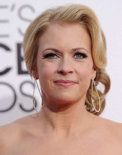 Melissa Joan Hart looked beautiful accessorizing with Swarovski's gold crystal August earrings, available soon at www.swarovski.com and select Swarovski boutiques worldwide.