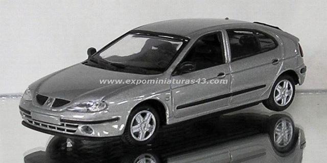 Renault Megane Berlina II 1999 1/43