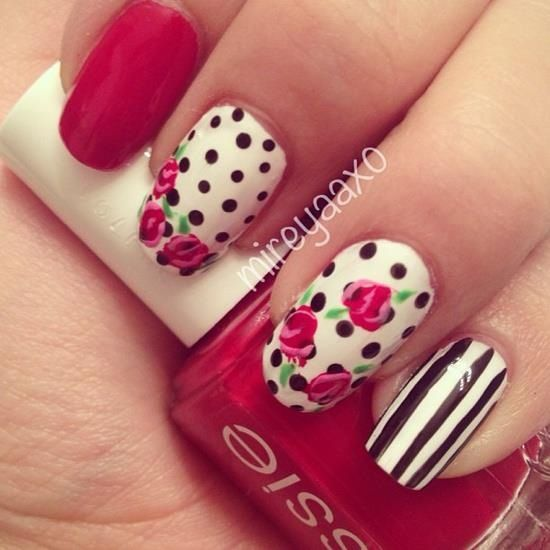 <3 pretty nail design