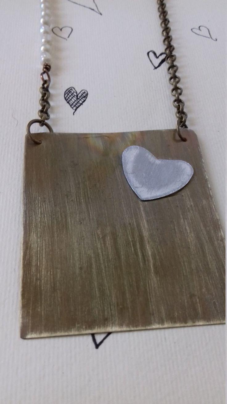 Collana in ottone e cuore in alluminio di LartedelriciclodiAli su Etsy