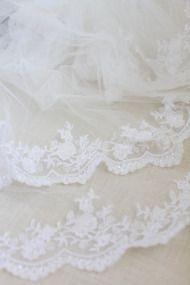 DIY Lace Veil | Style Me Pretty