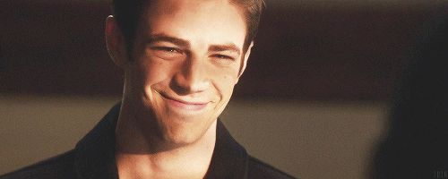 Community Post: Can You Make It Through These GIFs Of Smiling Actors Without…