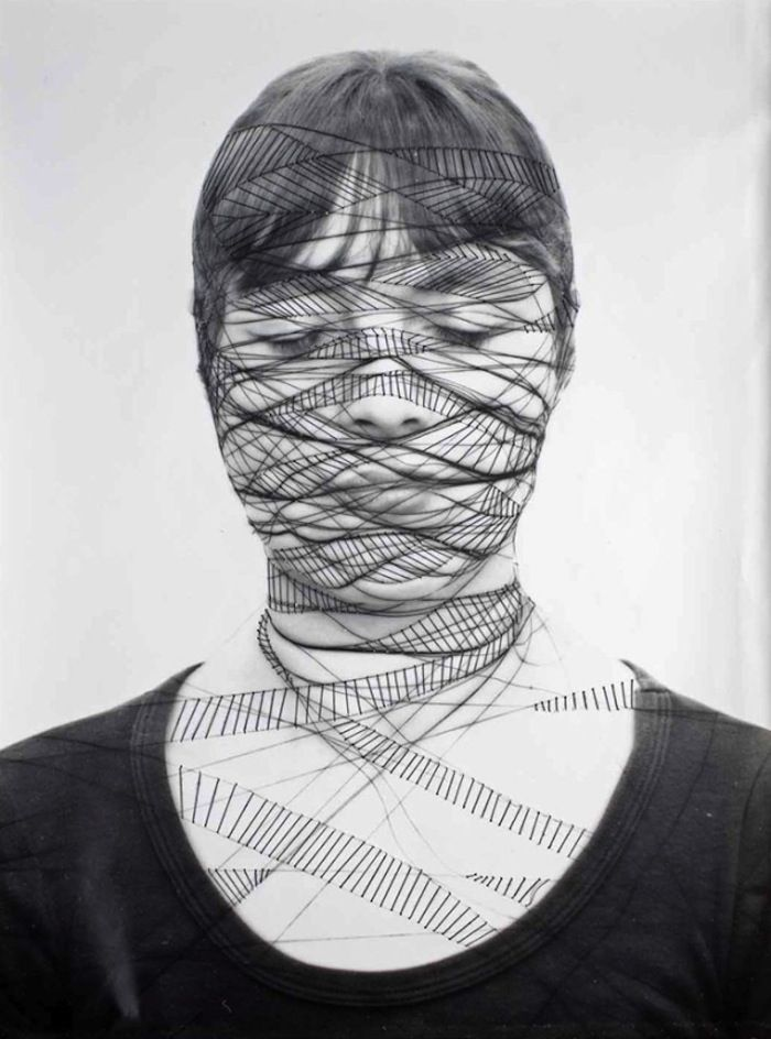 Striking embroidered self-portraits by Annegret Soltau. More on ignant.de...