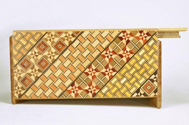 puzzle box   Koyosegi pattern on Japanese puzzle box, side view