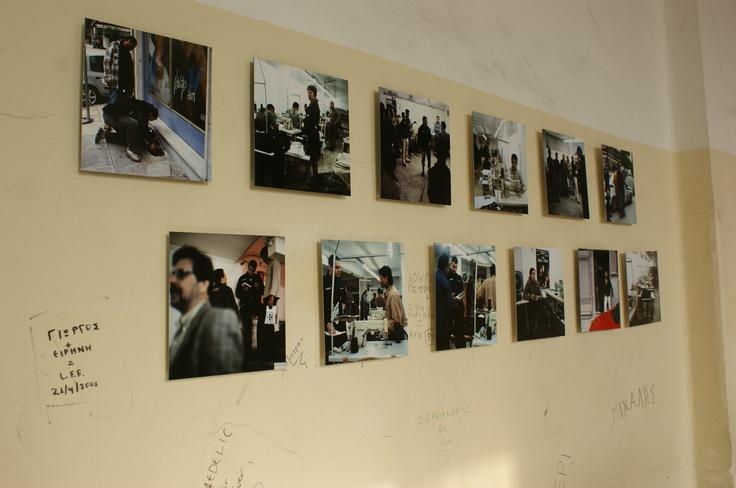 Σπύρος Στάβερης Το Υπόγειο, 2011 Σειρά 12 ψηφιακών εκτυπώσεων αρχειακού τύπου, 26×26 εκ. Παραχώρηση της Elika Gallery Φωτογράφιση AB team