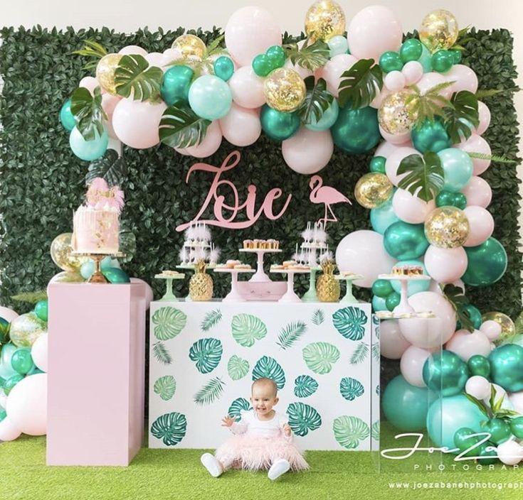 Preciosa #decoracion tropical, el verde menta, el rosa y el blanco combinan mara…