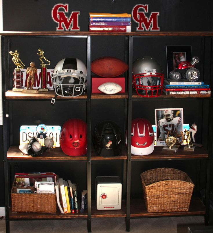 Recently I realized that my 17 year old son was really lacking storage and functionality in his room. Sports equipment, bags and memorabilia were everywhere, t…
