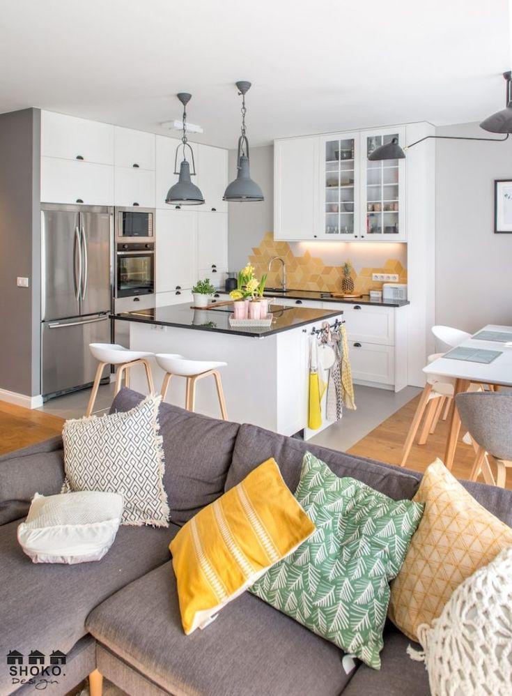 Modern, könnyed, világos közösségi tér - nappali, konyha, étkező - kellemes színekkel, textúrákkal, mintákkal - boho chic