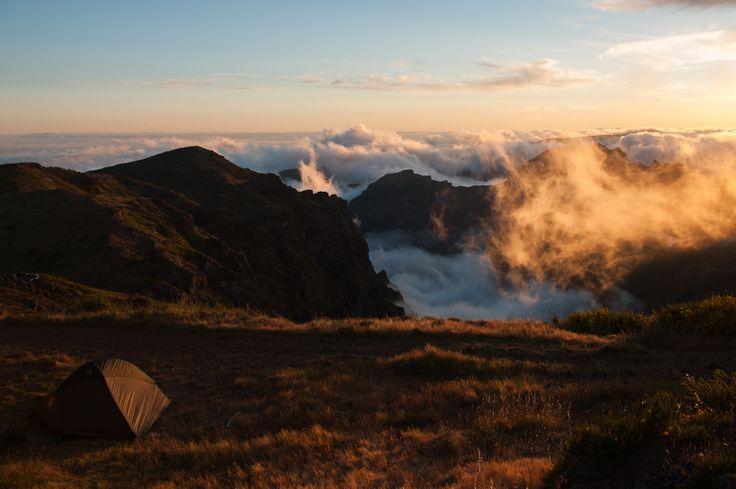 I just love this view! (Travel -> Hiking)  Pico do Arieiro - Madeira - Portugal