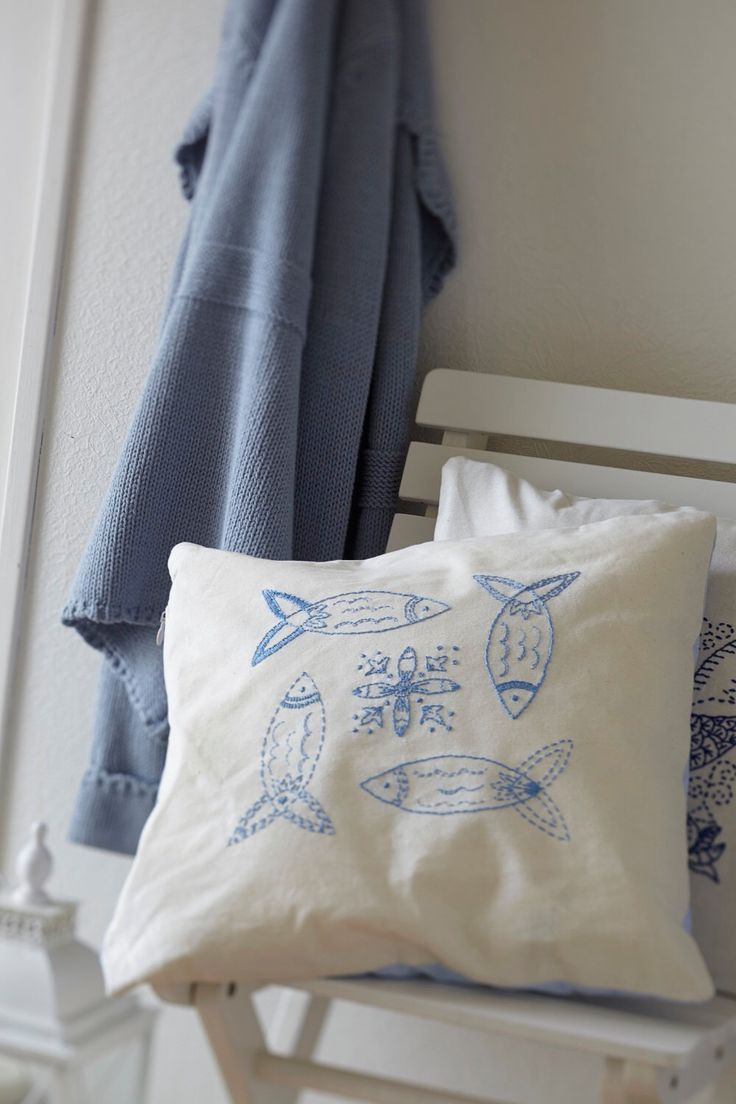 Embroidery pattern HERRING - blue,scandinavian,embroidery,pillow,beach,needlecraft,cushion,fish,swedish embroidery,Anette Eriksson Design by anetteeriksson on Etsy https://www.etsy.com/listing/184489717/embroidery-pattern-herring