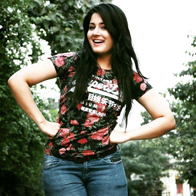 Aditi Rathore aka Avni/ Ayesha Wiki, Career, Pics| Star Plus