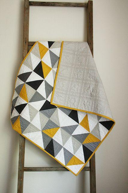 Quiltet tæppe i flotte farver