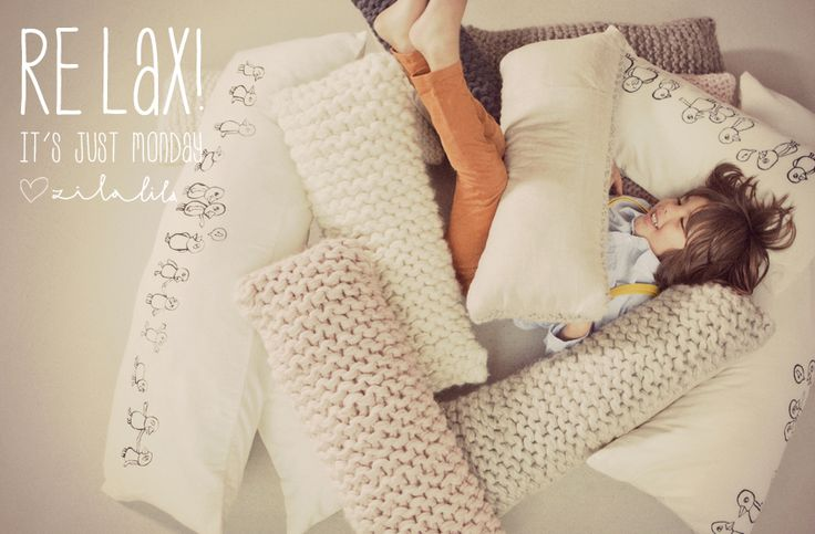 #Relax #Monday #Quote #Zilalila #Kids #Label #Wool #Knit #Knitted #Handmade #Nepal #Cushions #Kussens #Birds #FairTrade #Conscious