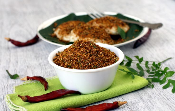 Nalla Karam Podi, a typical Andhra style preparation similar to gun powder. Tamarind, garlic, red chilis & urad dal are key players. Goes well with rice, idli and dosa.