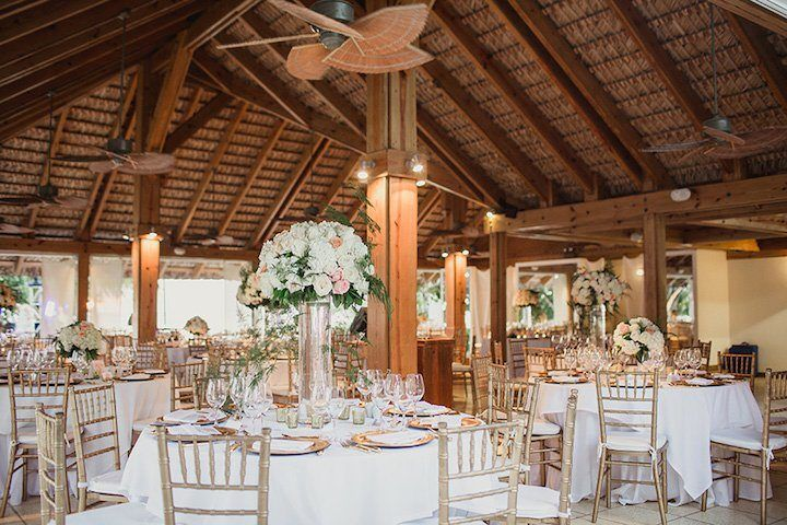 Dreamy Dominican Republic Wedding at Casa de Campo - MODwedding