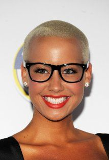 Amber Rose's cut is always on point!