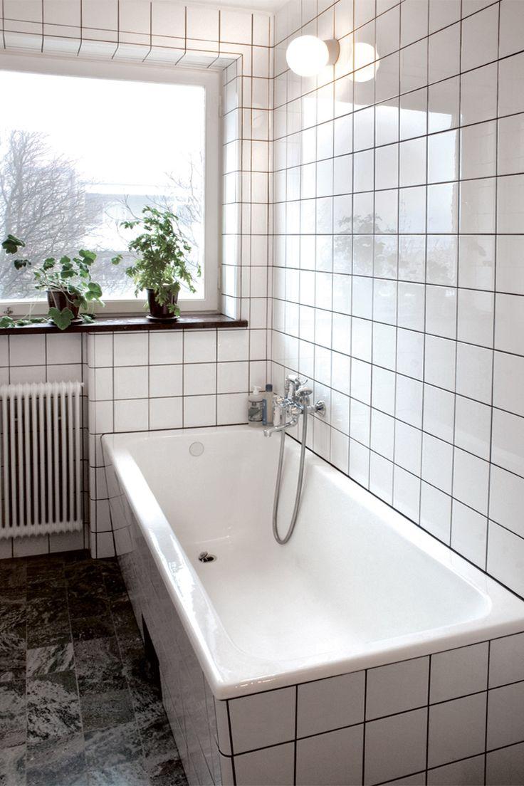 Byggfabriken – modern byggnadsvård: Inspirationsbilder – Inbyggt funkisbadkar