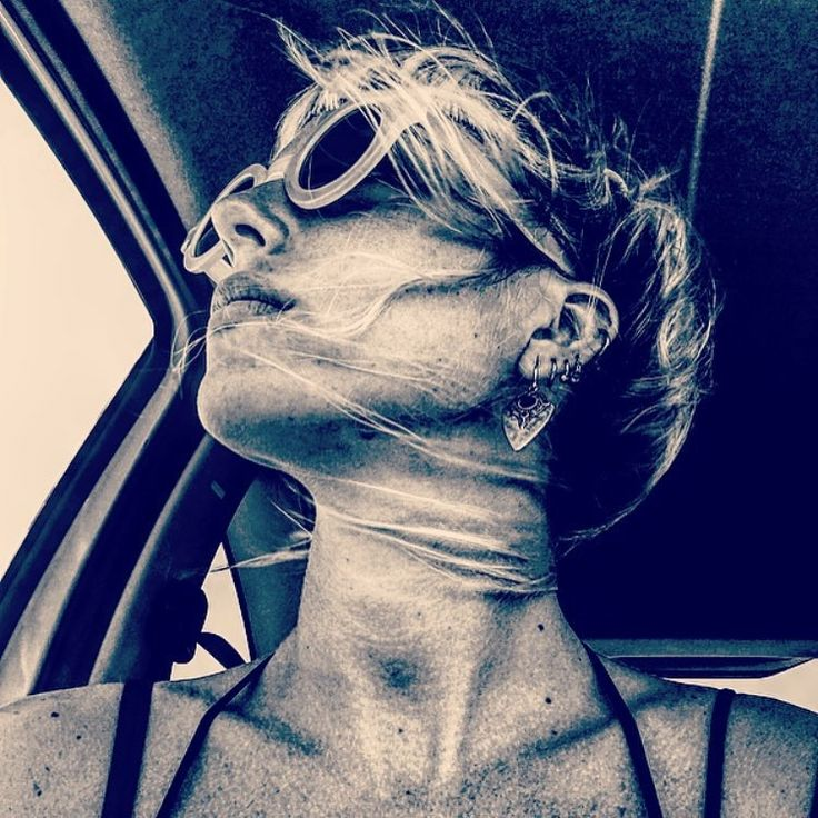 #Repost @engi_eff  ・・・ Wind Portrait. #summerday #wind #car #selfie #blckandwhite #photo #filter #sea #sun #me #portrait #picoftheday #profile #hair #hairstyle #sunglasses #sicily #ontheroad #ortigia #girl