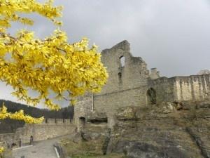 #Larochette #castle #ruins #Wish2Go
